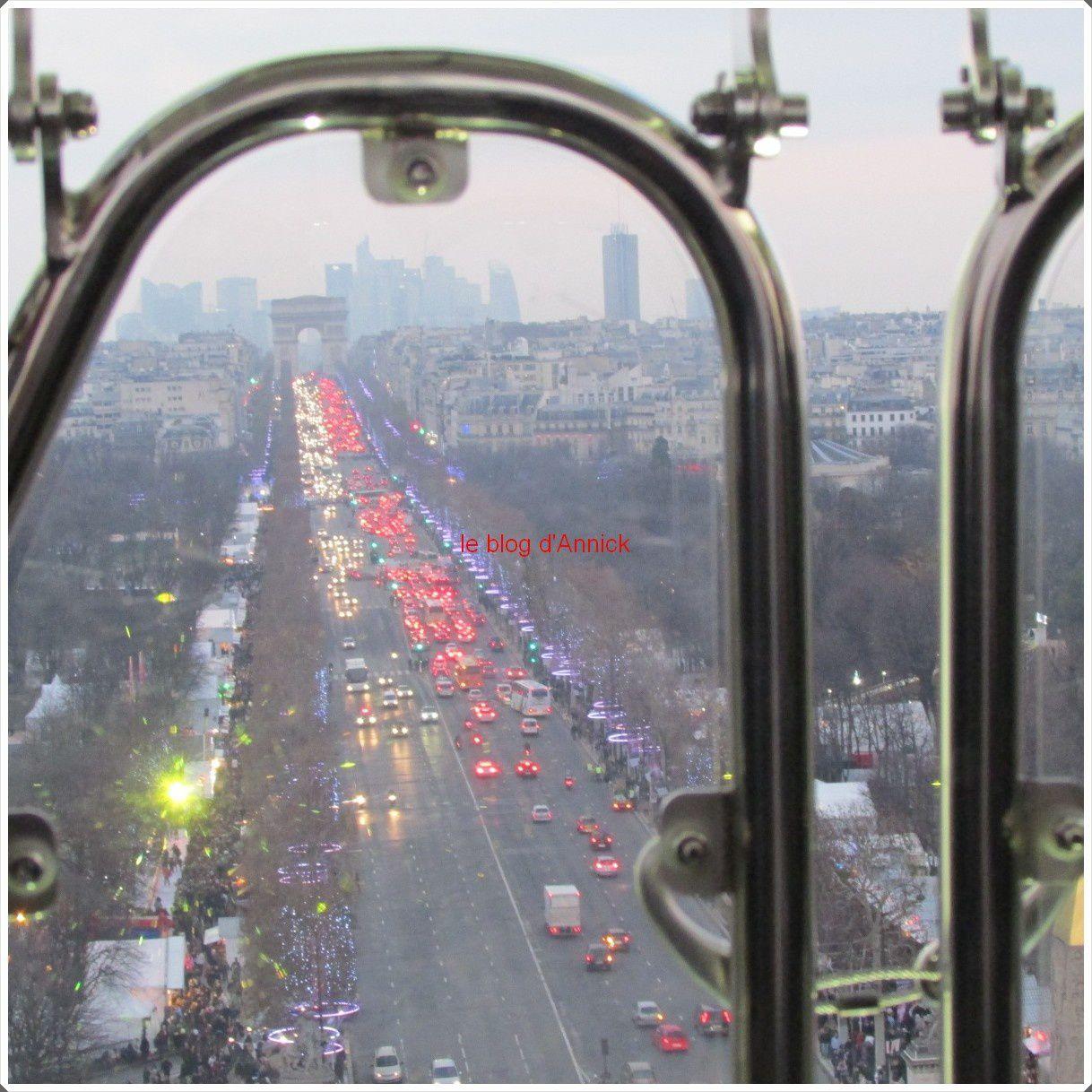 Arc de Triomphe vu du haut de la grande roue: tu te souviens Martine?