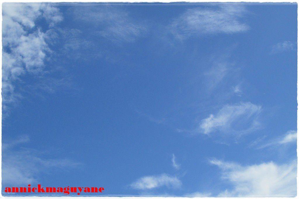 un petit coin de ciel bleu!