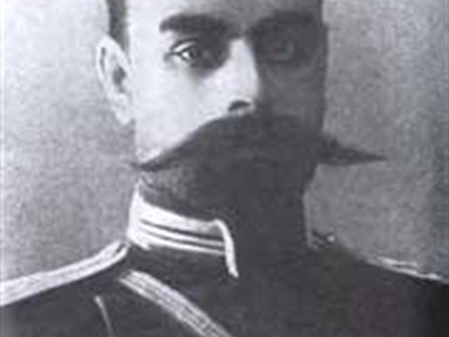 Kamenev, officier du tsar