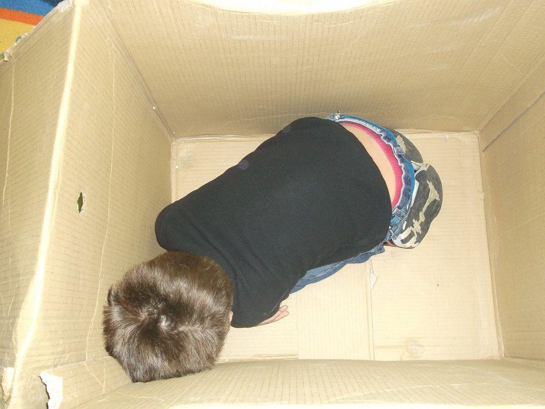 Je peux cacher, tout au fond, mon corps en rond...
