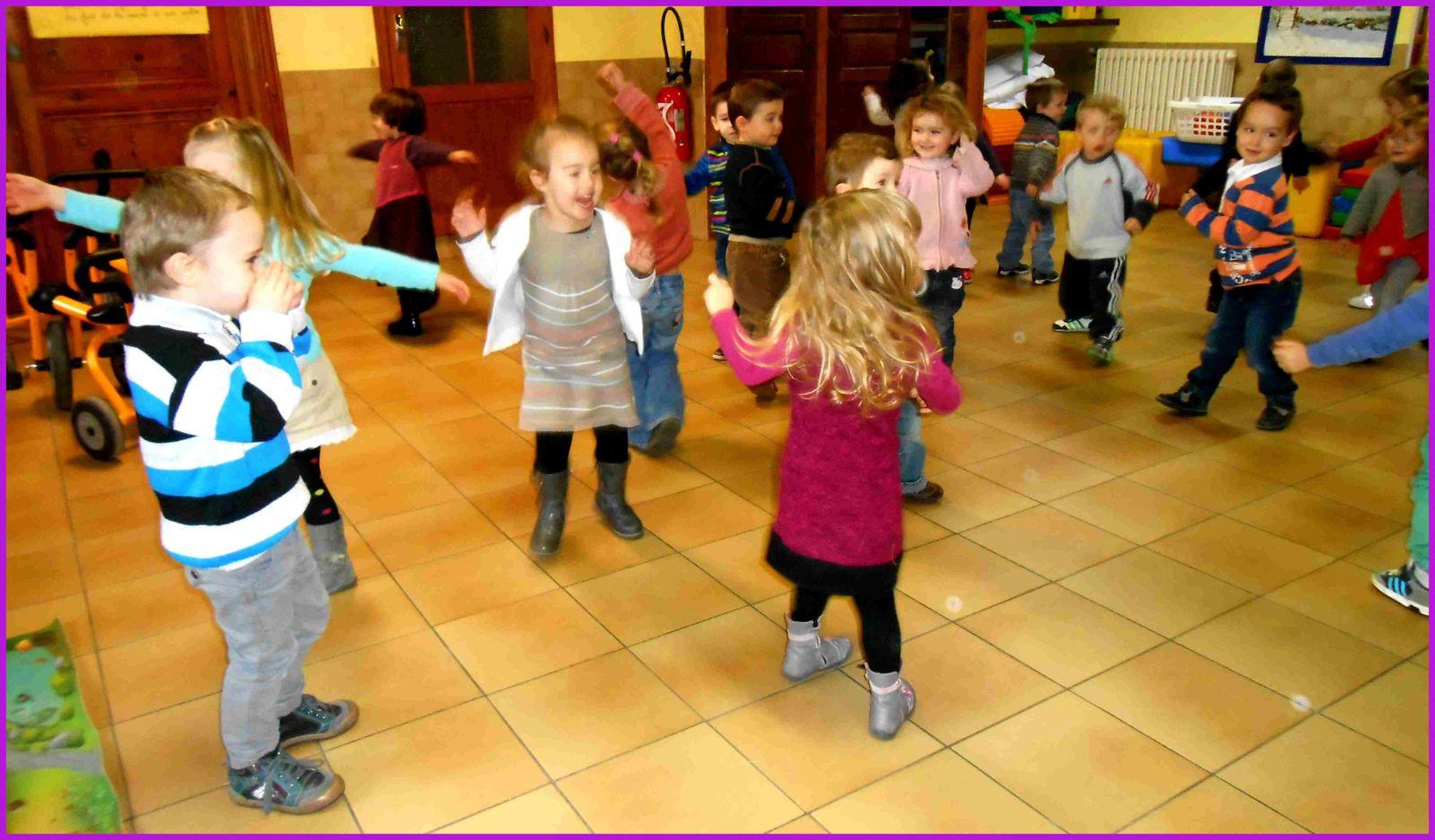 """Jacques a dit : """"Dansez !"""""""