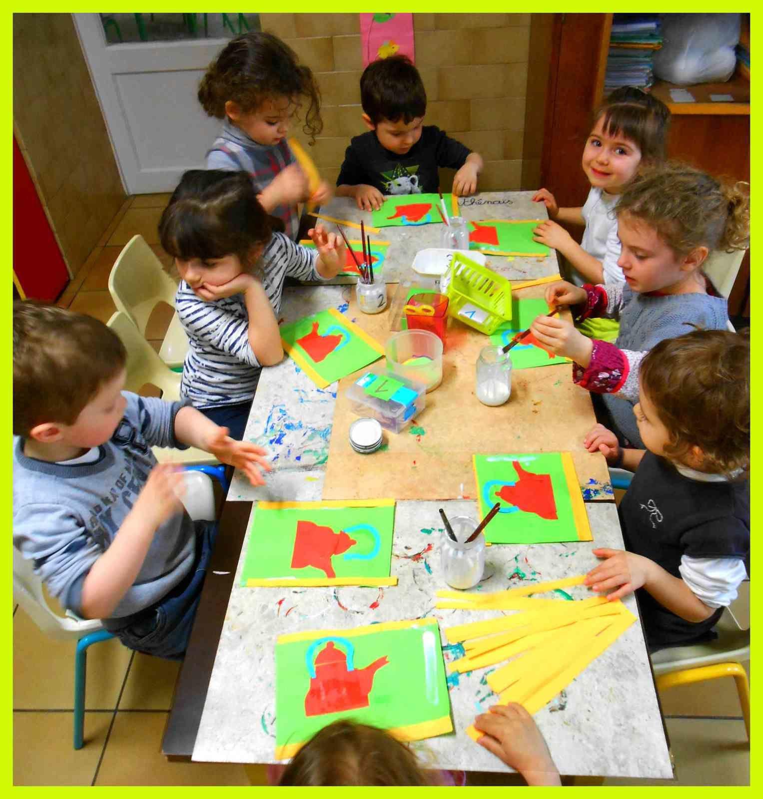Les enfants de petite section de maternelle.