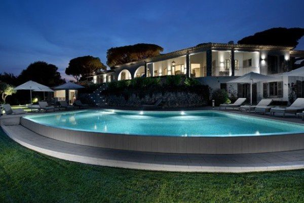 Design de villa architecturale contemporaine