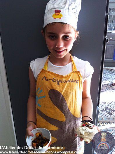 Atelier pâtisserie à domicile : pavlova aux M&amp&#x3B;M's et poêlée de nectarines aux Twix !