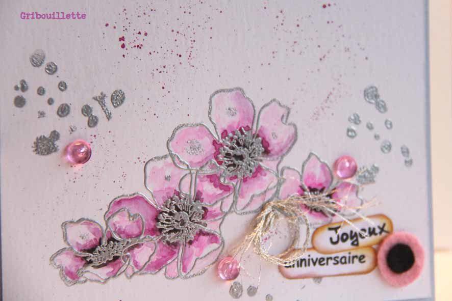 Carte aux fleurs aquarellées serties d'argent