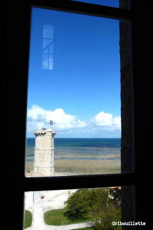 P52#06_Par la fenêtre