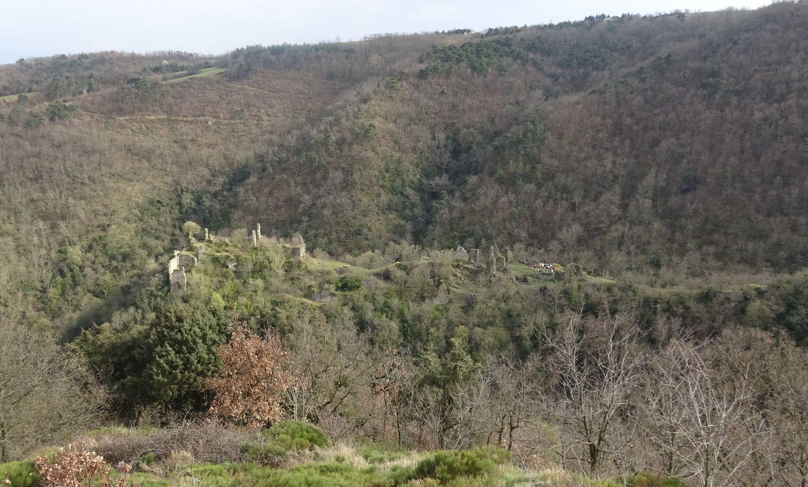Le château vu de l'autre côté.