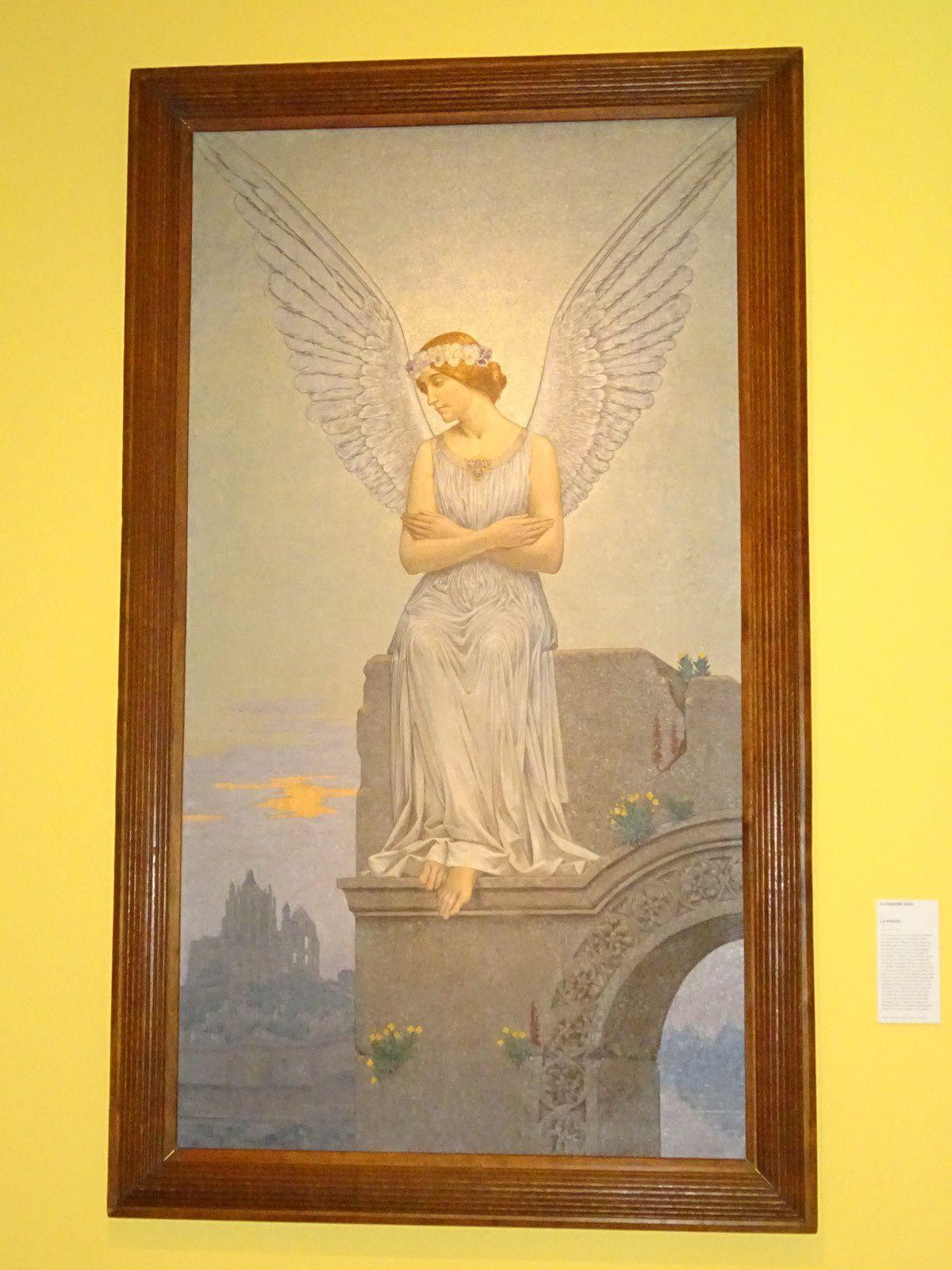 """... et une expo temporaire sur l'artiste Alexandre Séon. L'expo s'appelle """" la beauté idéale """" Tout un programme !"""