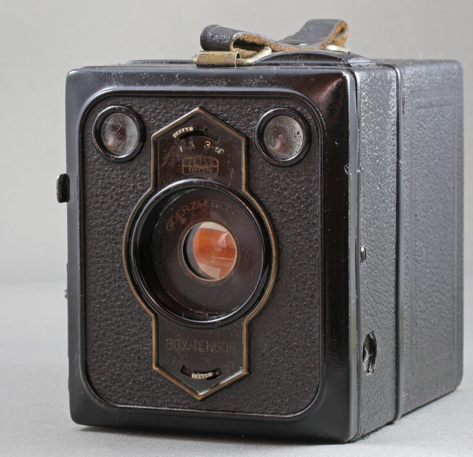 Box Tengor 54