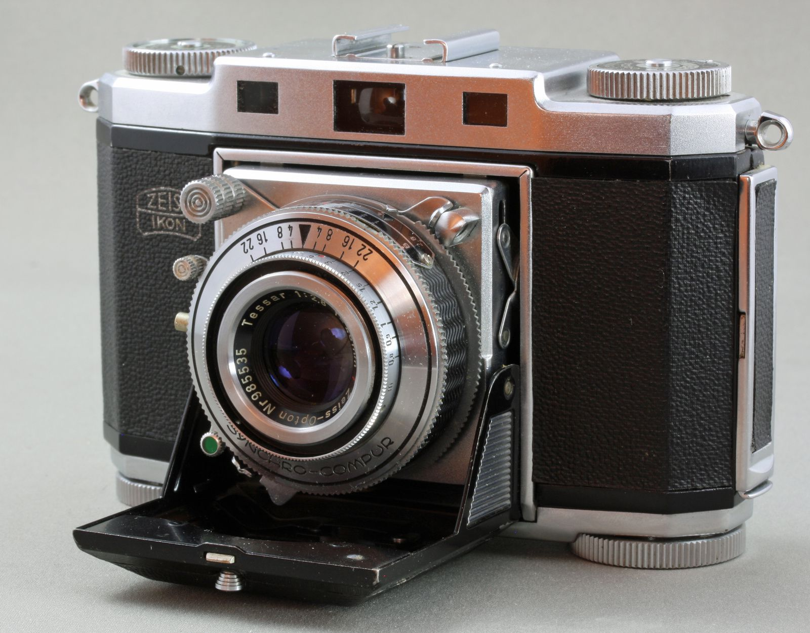 Zeiss-Ikon, le folding Contina 2