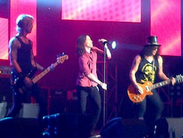 Kings Of Chaos- Live At Cape Town