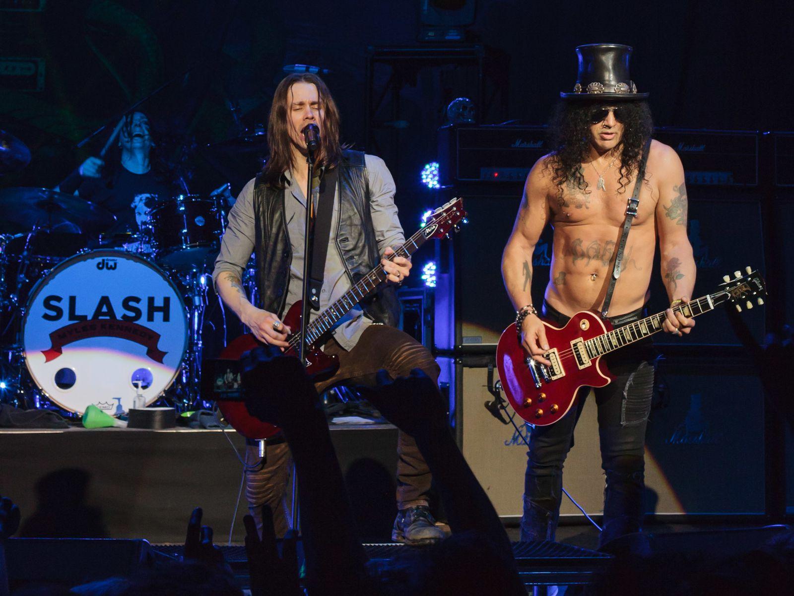 Slash se confie au sujet de groupe solo