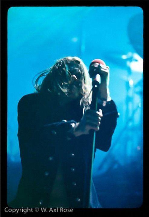 2001 : Le retour scénique de Guns N' Roses