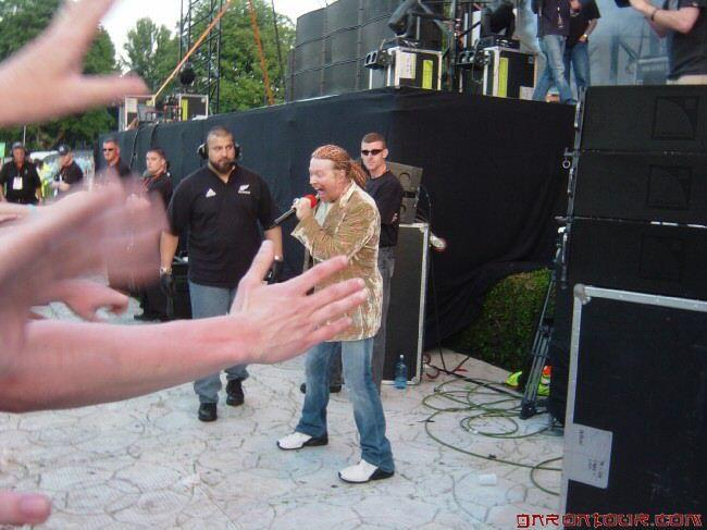 Guns N' Roses- Live In Irlande (9/06/2006) !