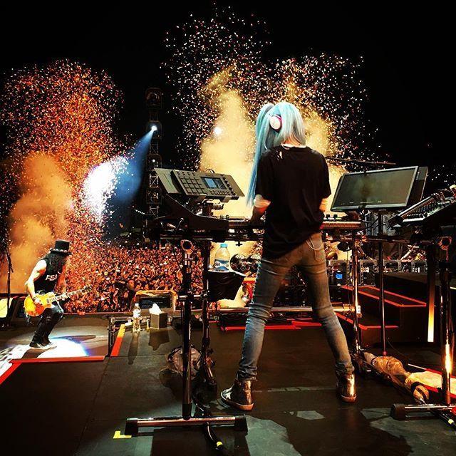 Guns N' Roses- Live At Foro Sol