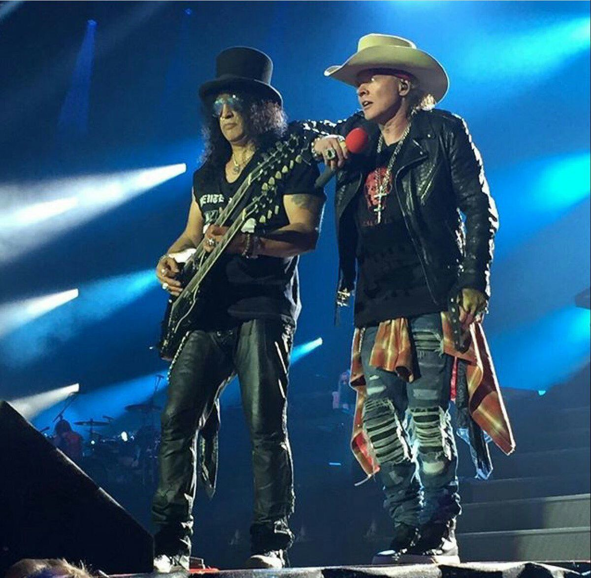 Guns N' Roses- Live At Ford Field