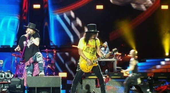 Guns N' Roses- Live At MetLife Stadium (2nd show)
