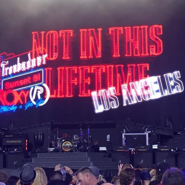Guns N' Roses- Live At Dodger Stadium