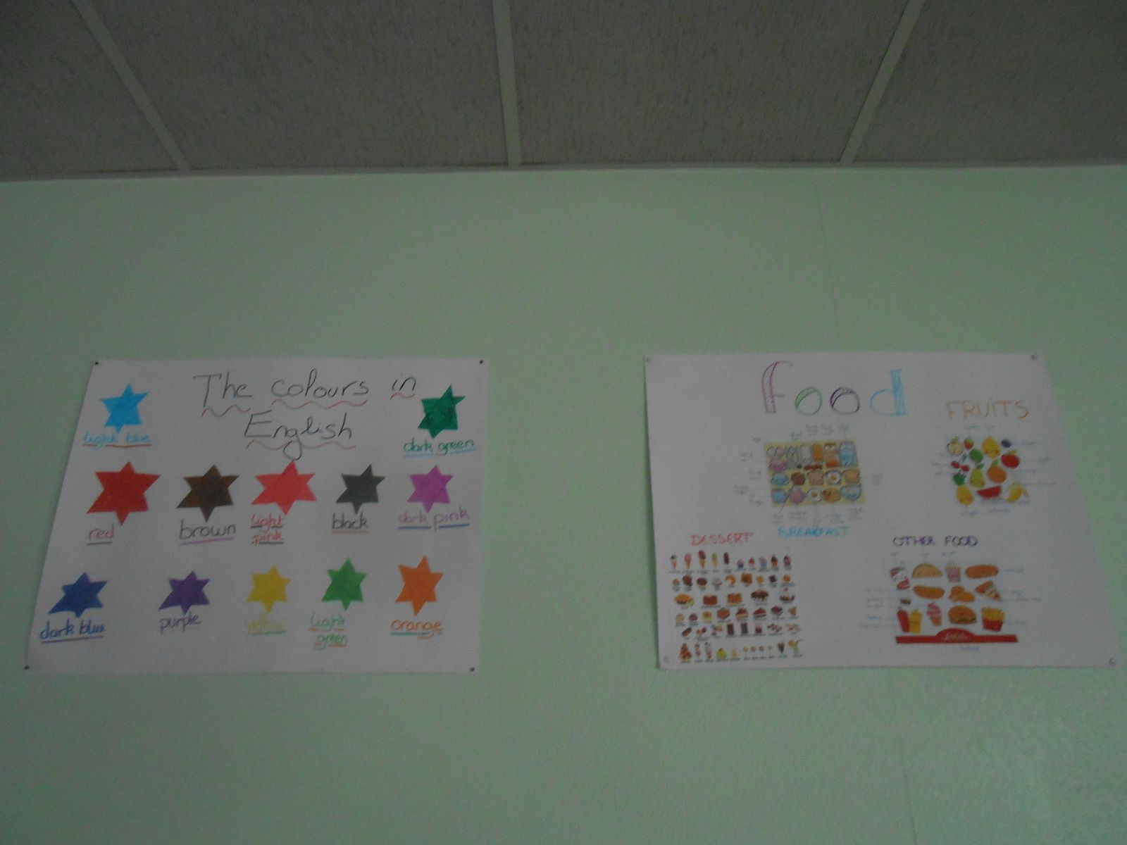 Décoration de la salle 301 par les élèves duy club press