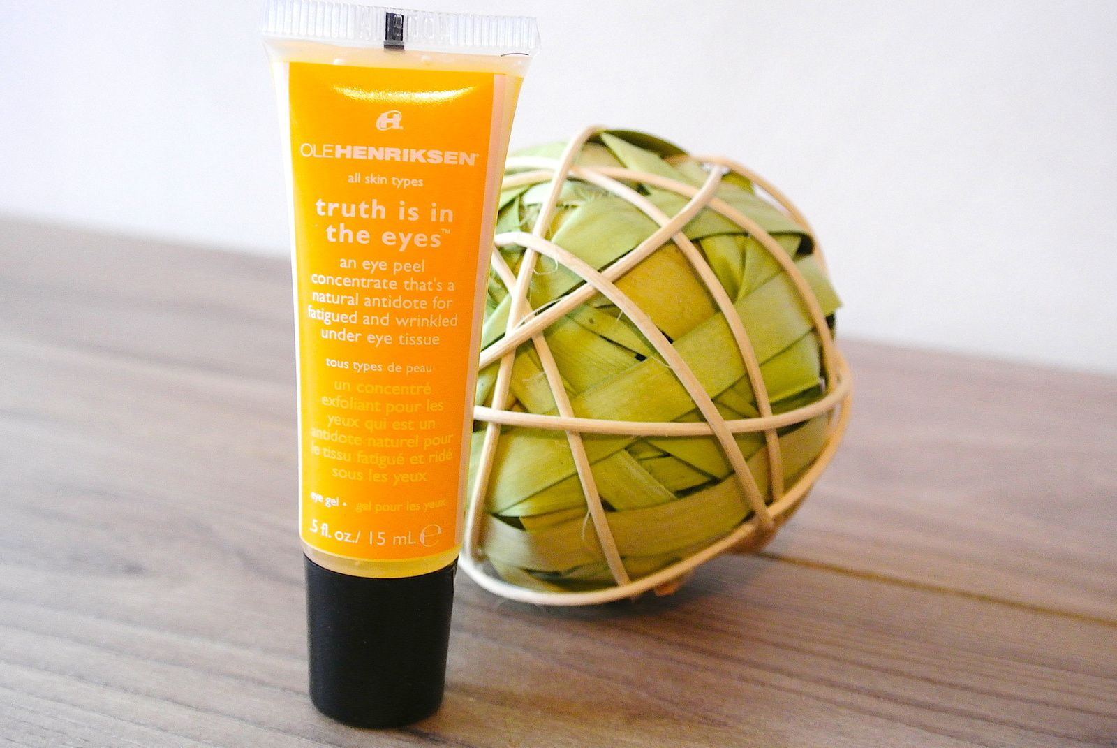 Concentré exfoliant yeux Truth is in the Eyes — OleHenriksen