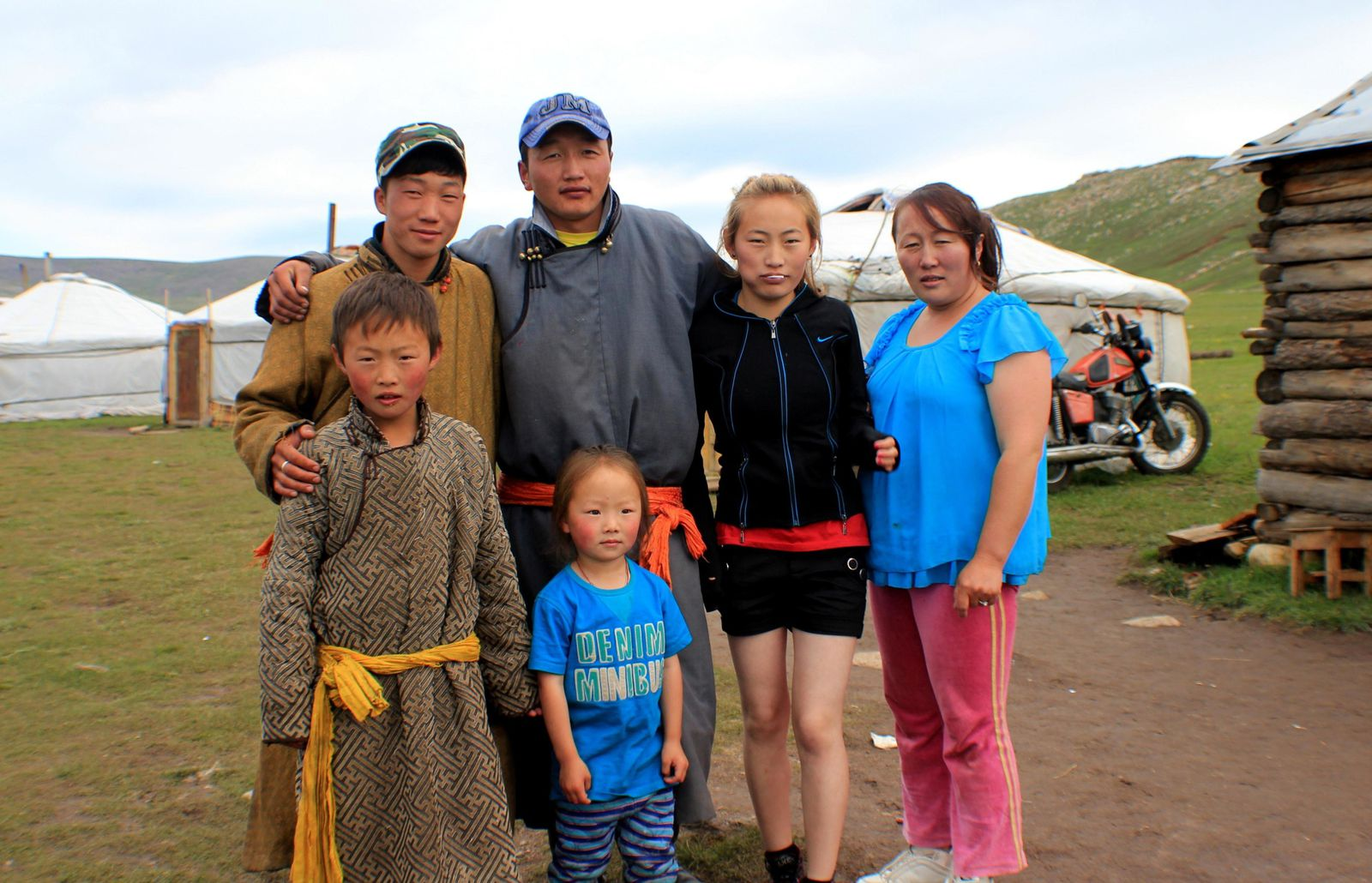 Mongolian pieces of life in the Naiman Nuur - Part 1