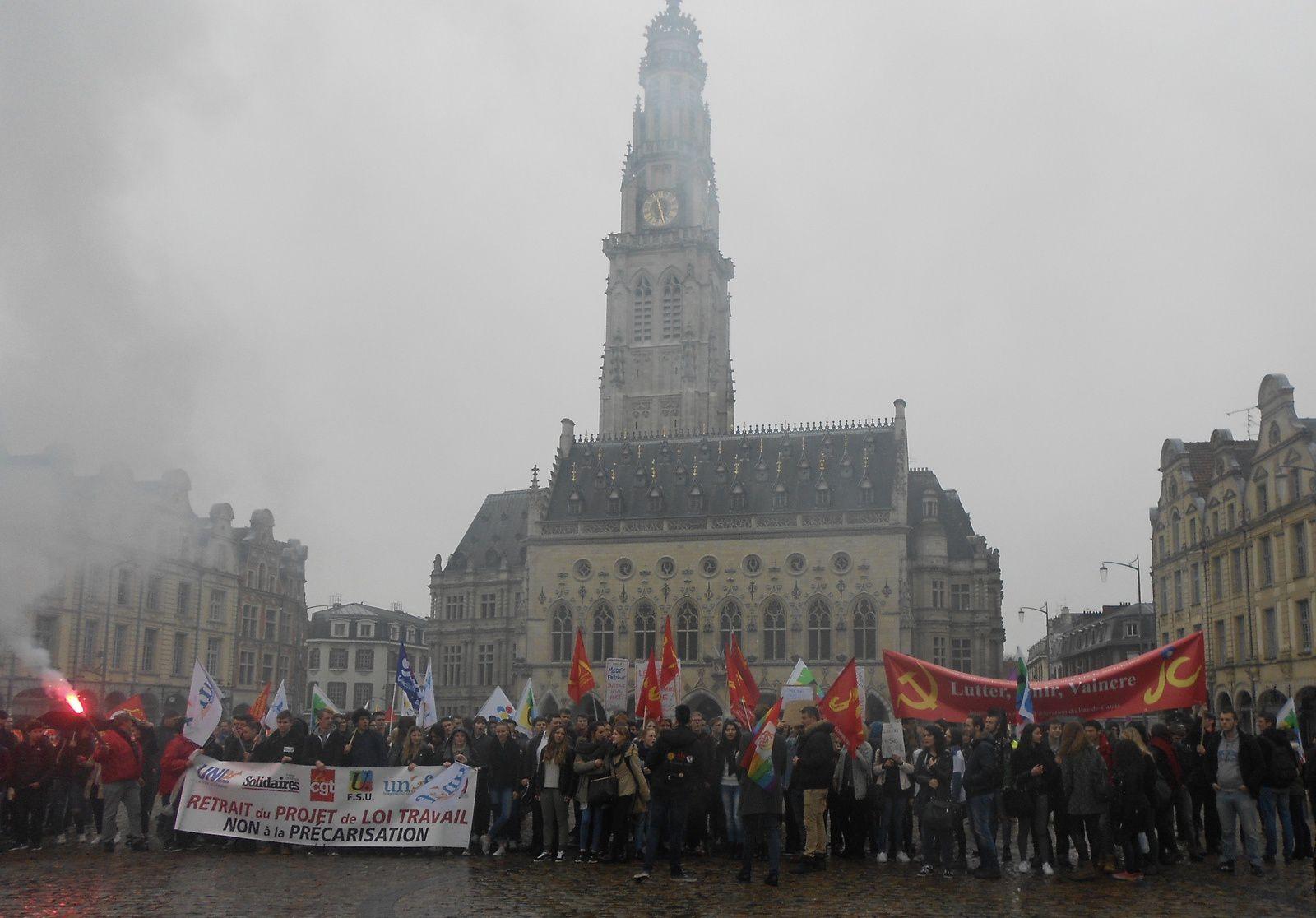 Forte mobilisation à Arras contre la loi El Khomri