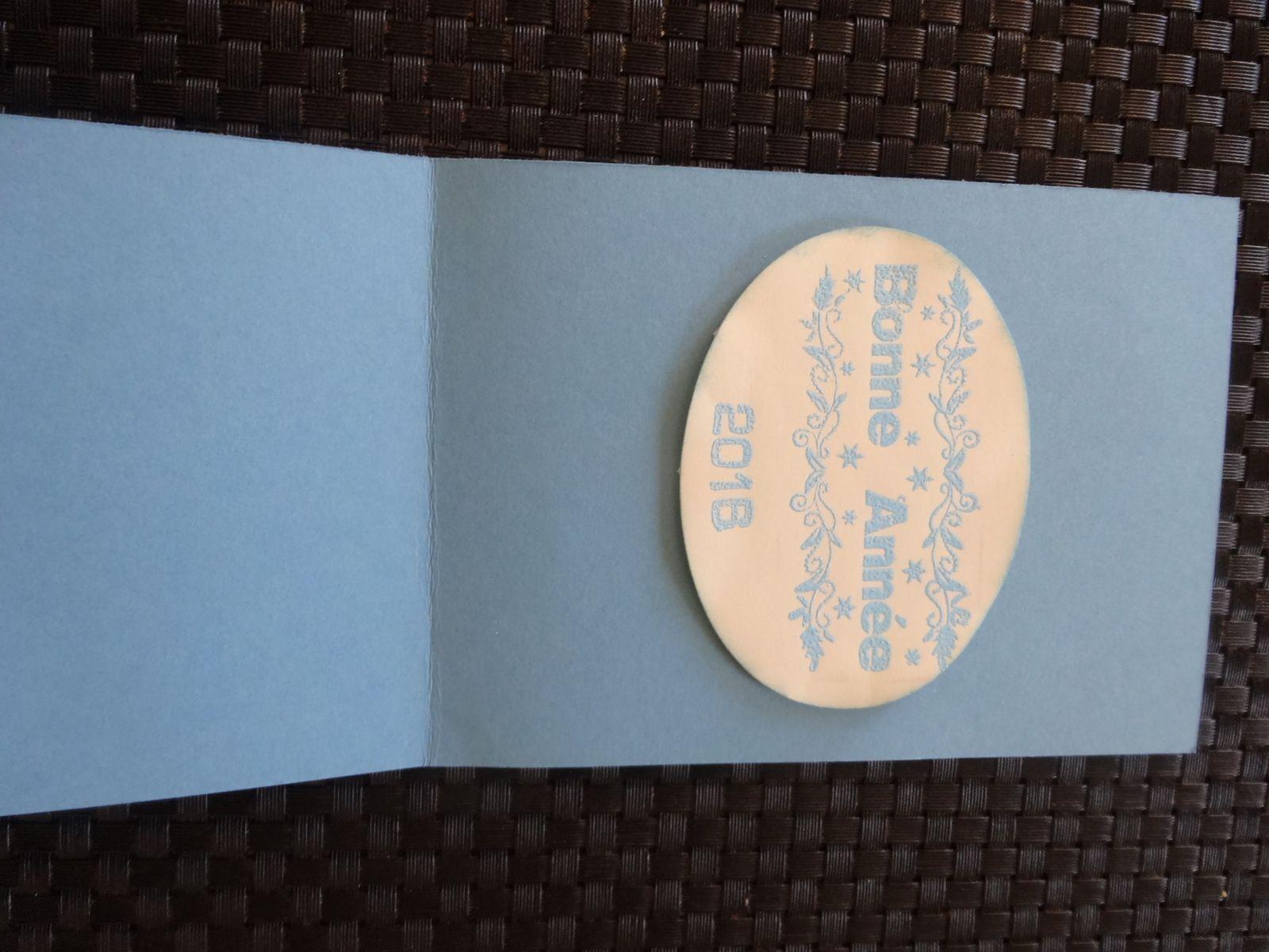tjrs du bleu pour cette carte voeux &quot&#x3B;colombe de la paix&quot&#x3B;
