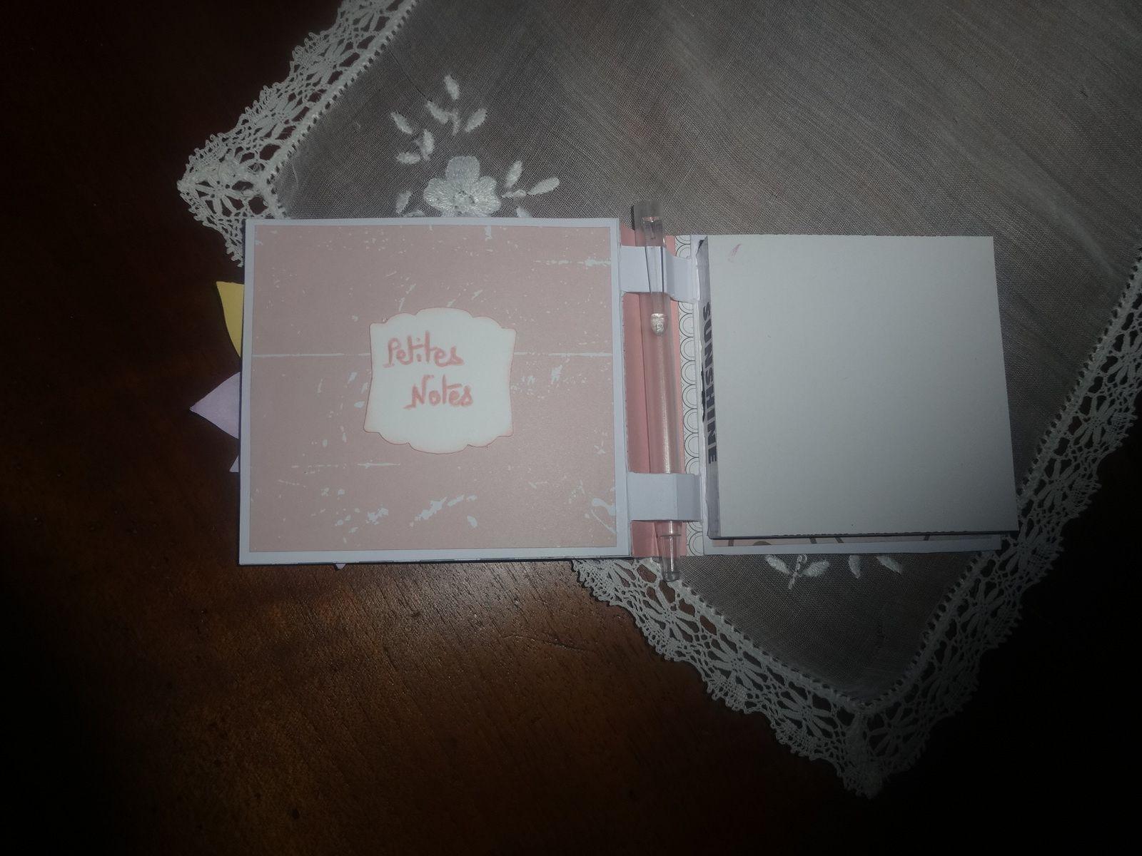 Ma série de Blocs notes et calendrier rose et marron