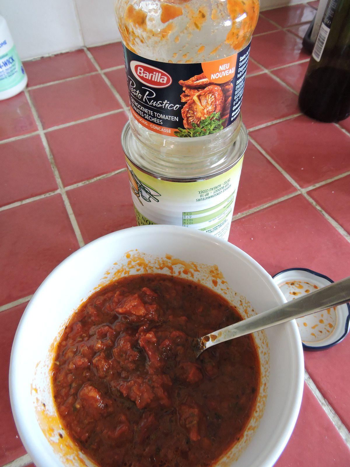 Quenelle a la sauce Pesto Rustico Tomates Séchées