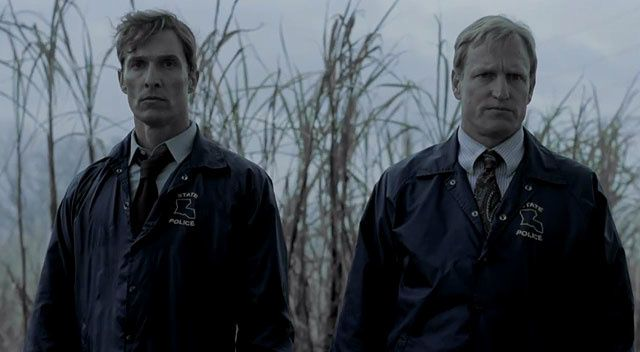 True Detective (BANDE ANNONCE VO SERIE TV 2013) avec Matthew McConaughey, Woody Harrelson