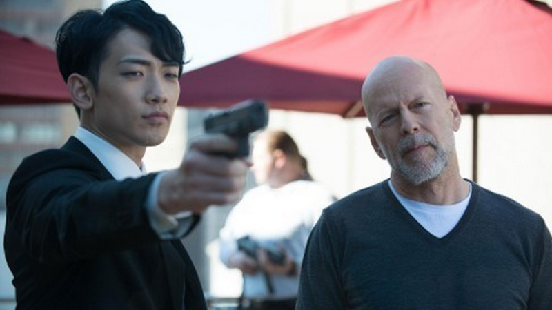 THE PRINCE (BANDE ANNONCE VO 2014) avec Bruce Willis, Curtis '50 Cent' Jackson, John Cusack.