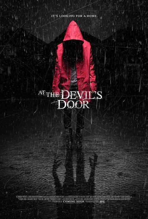 At the Devil's Door (Home) (BANDE ANNONCE VO 2013) avec Ava Acres, Arshad Aslam, Rob Brownstein