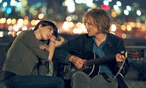 Song One (BANDE ANNONCE VO 2014) avec Anne Hathaway, Mary Steenburgen, Ben Rosenfield