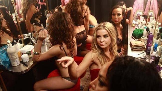Lap Dance (BANDE ANNONCE 2014) avec Briana Evigan, Carmen Electra, Stacey Dash