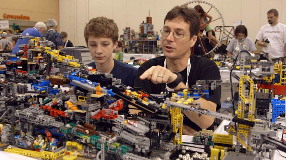 Beyond the Brick : A LEGO Brickumentary (BANDE ANNONCE VO 2014) de Kief Davidson et Daniel Junge