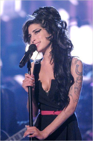 AMY (BANDE ANNONCE VOST 2015) de Asif Kapadia avec Amy Winehouse - 08 07 2015