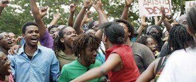 Port-au-Prince, Dimanche 4 Janvier (BANDE ANNONCE) de François Marthouret - 29 07 2015