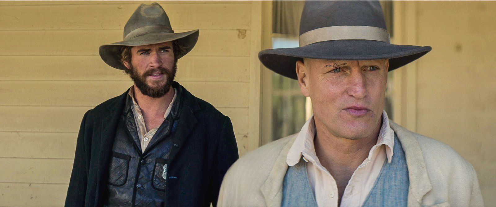 The Duel (BANDE ANNONCE VO 2016) avec Liam Hemsworth, Woody Harrelson