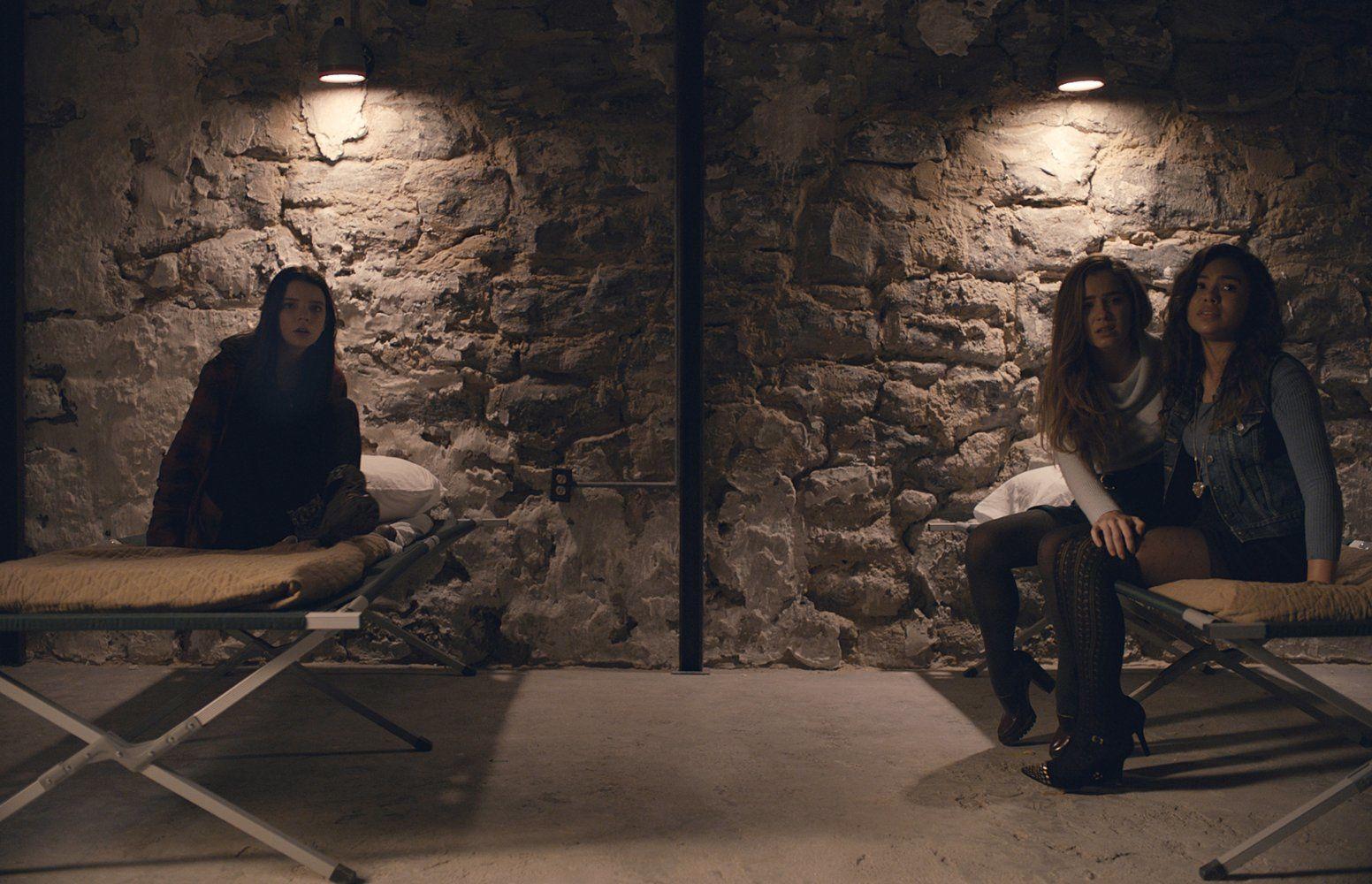Split (BANDE ANNONCE VF et VOST) de M. Night Shyamalan avec James McAvoy - Le 22 février 2017 au cinéma