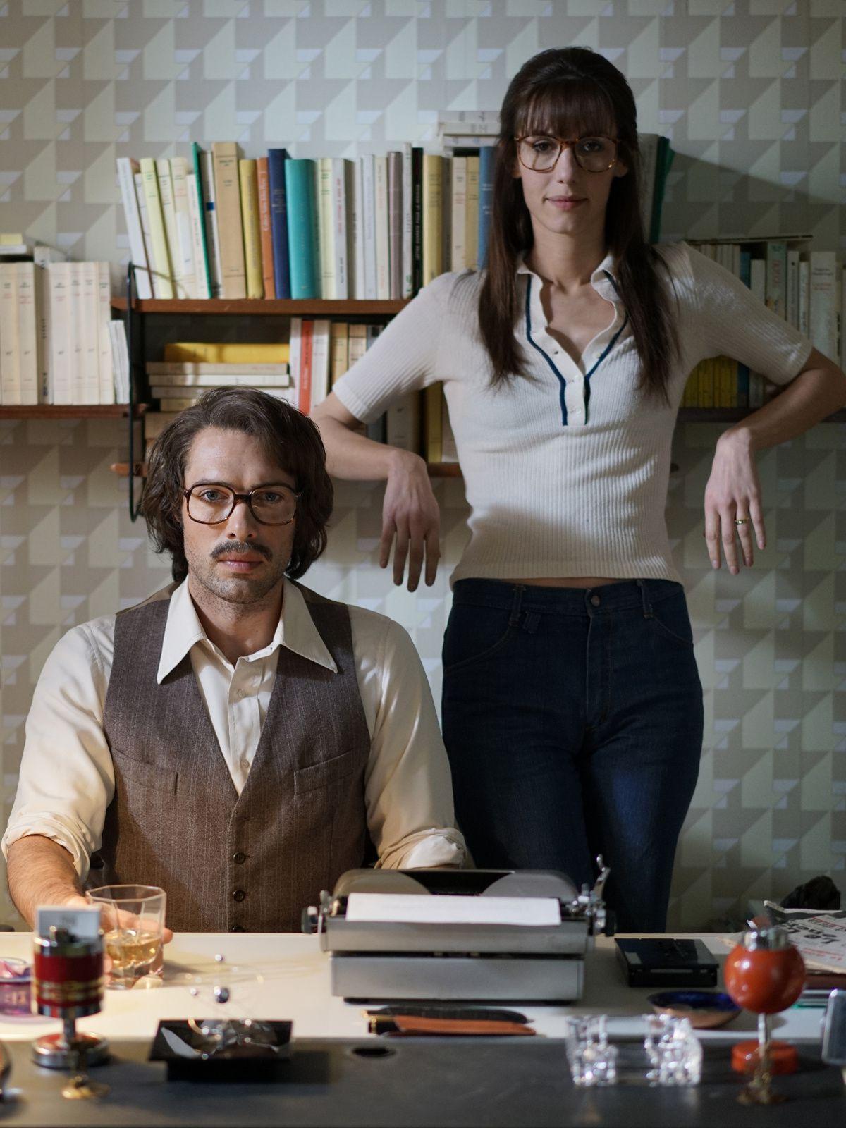 Monsieur &amp&#x3B; Madame ADELMAN (BANDE ANNONCE) Film de Nicolas Bedos avec Doria Tillier et Nicolas Bedos - Au cinéma le 8 mars 2017