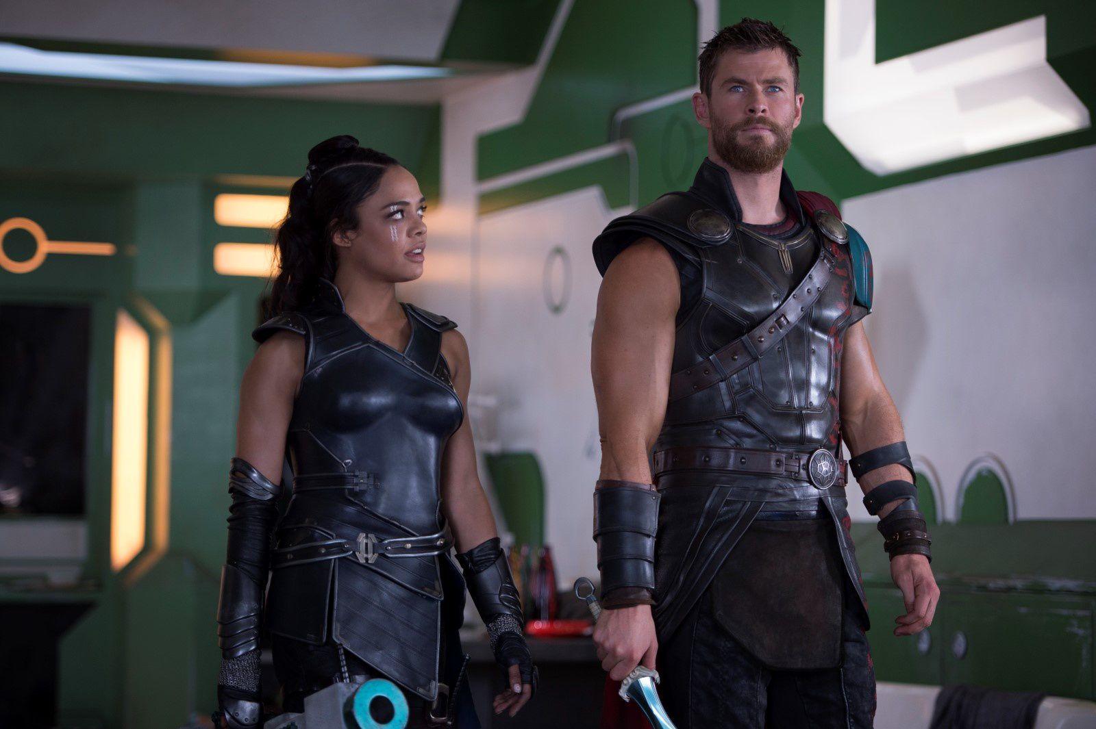 Thor : Ragnarok (BANDE ANNONCE) avec Tom Hiddleston, Chris Hemsworth - Le 25 octobre 2017 au cinéma