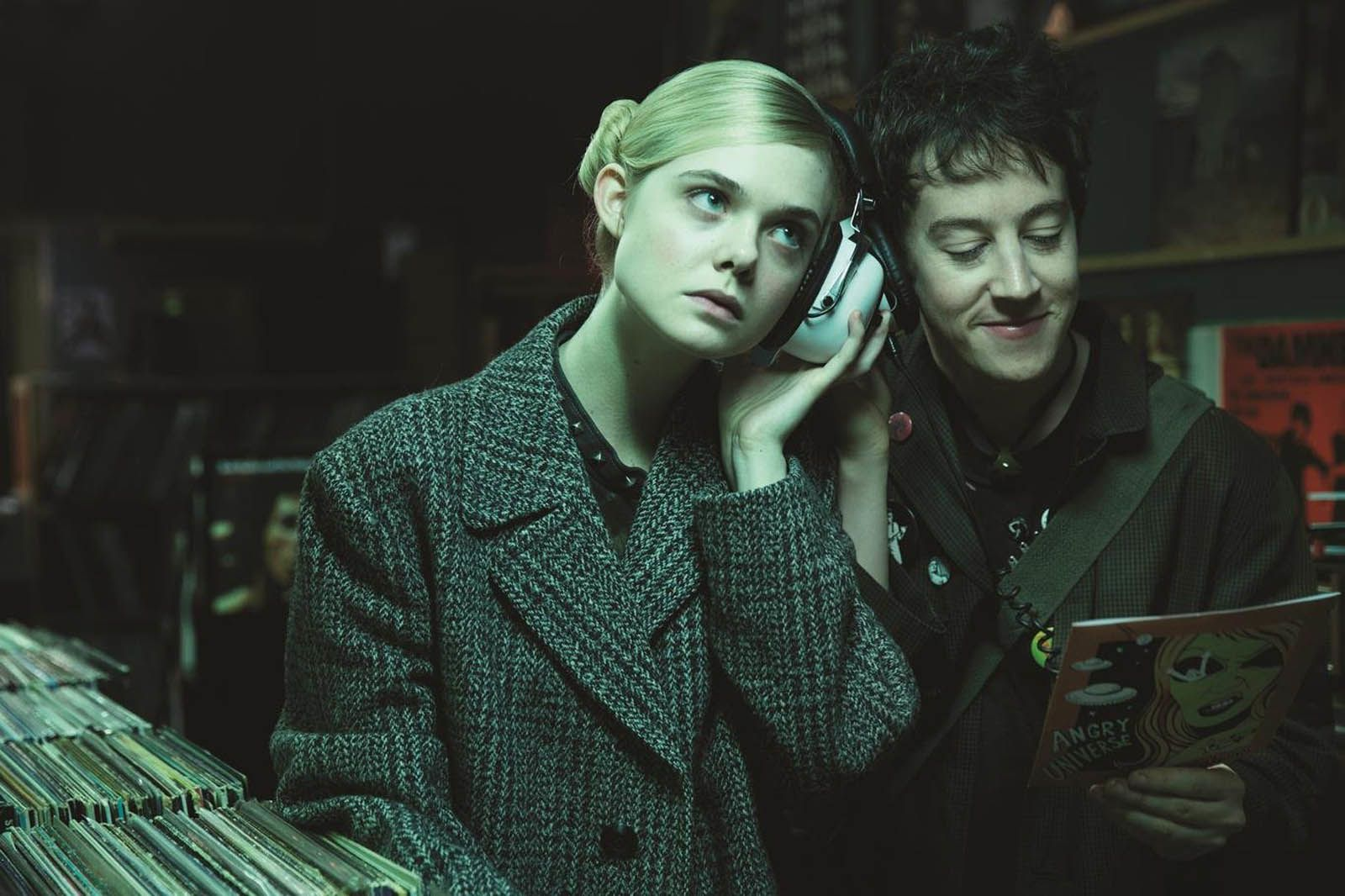 How to talk to girls at parties (BANDE ANNONCE VOST) avec Elle Fanning, Nicole Kidman