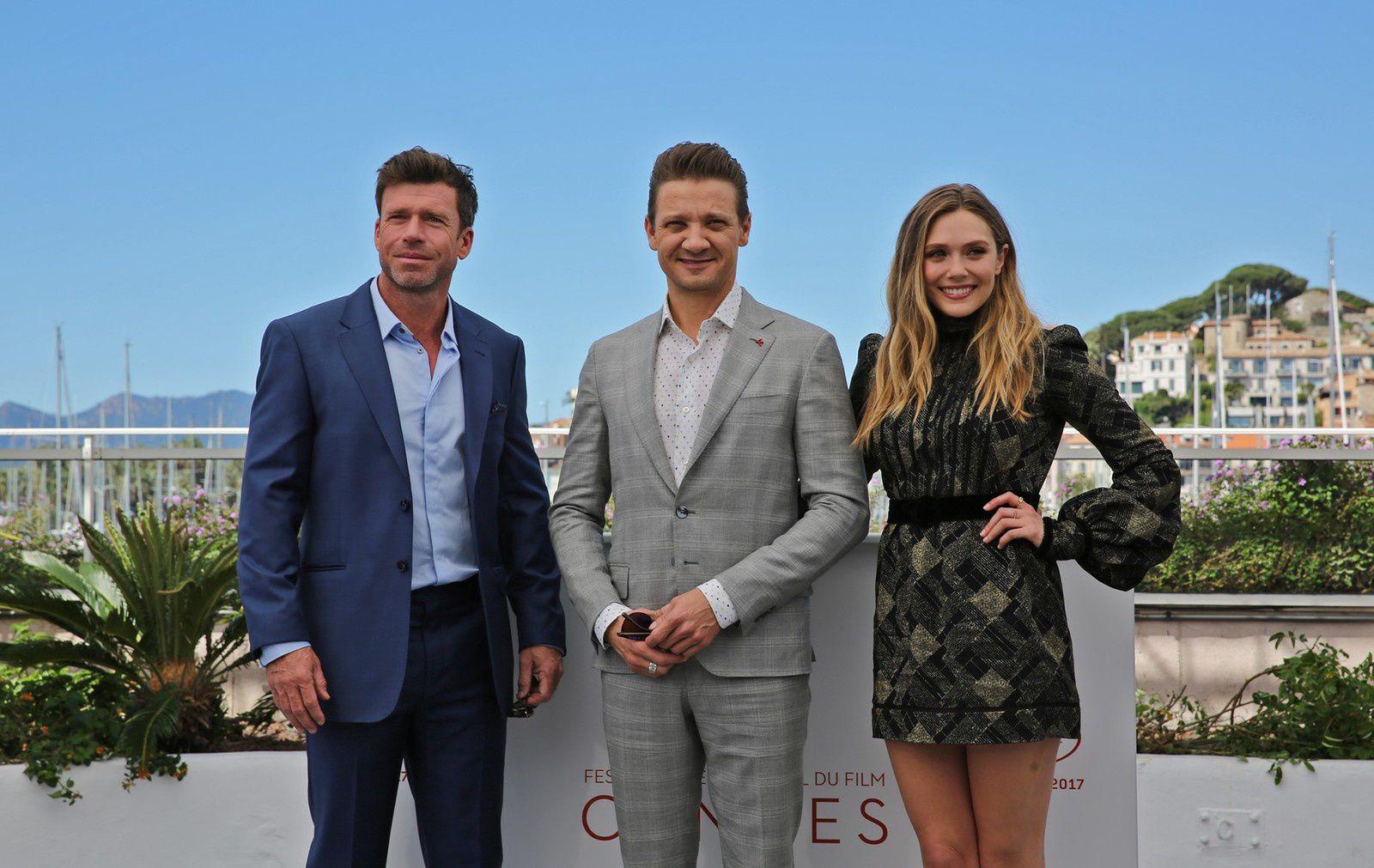 WIND RIVER avec JEREMY RENNER et ELIZABETH OLSEN - Les photos de Cannes