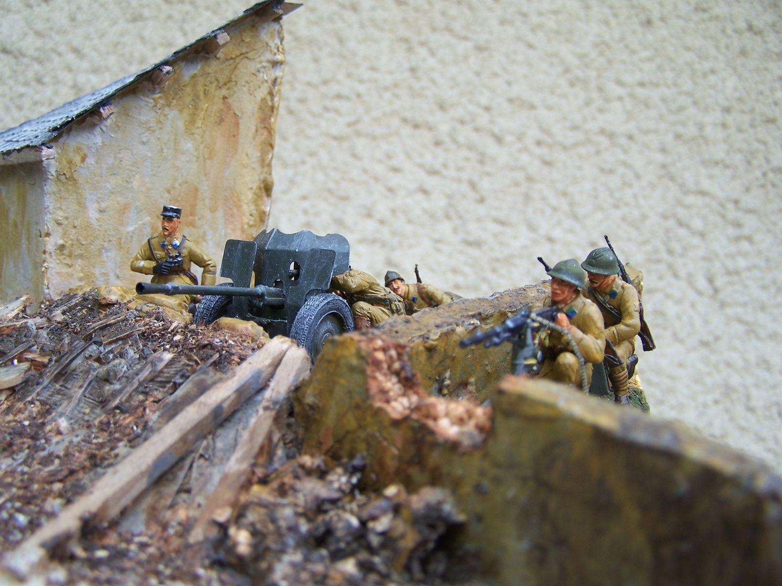 Diorama WW2  maquette du canon anti-char de 25mm et mitrailleuse Hotchkiss Modèle 1914  servi par des hussards
