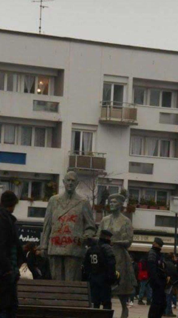 Calais : 35 interpellations - Statue du Général De Gaule taguée - Intrusion de migrants sur un ferry
