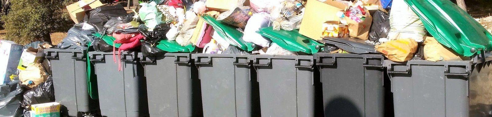 Les éboueurs en grève à Marseille : Les ordures s'entassent dans les rues