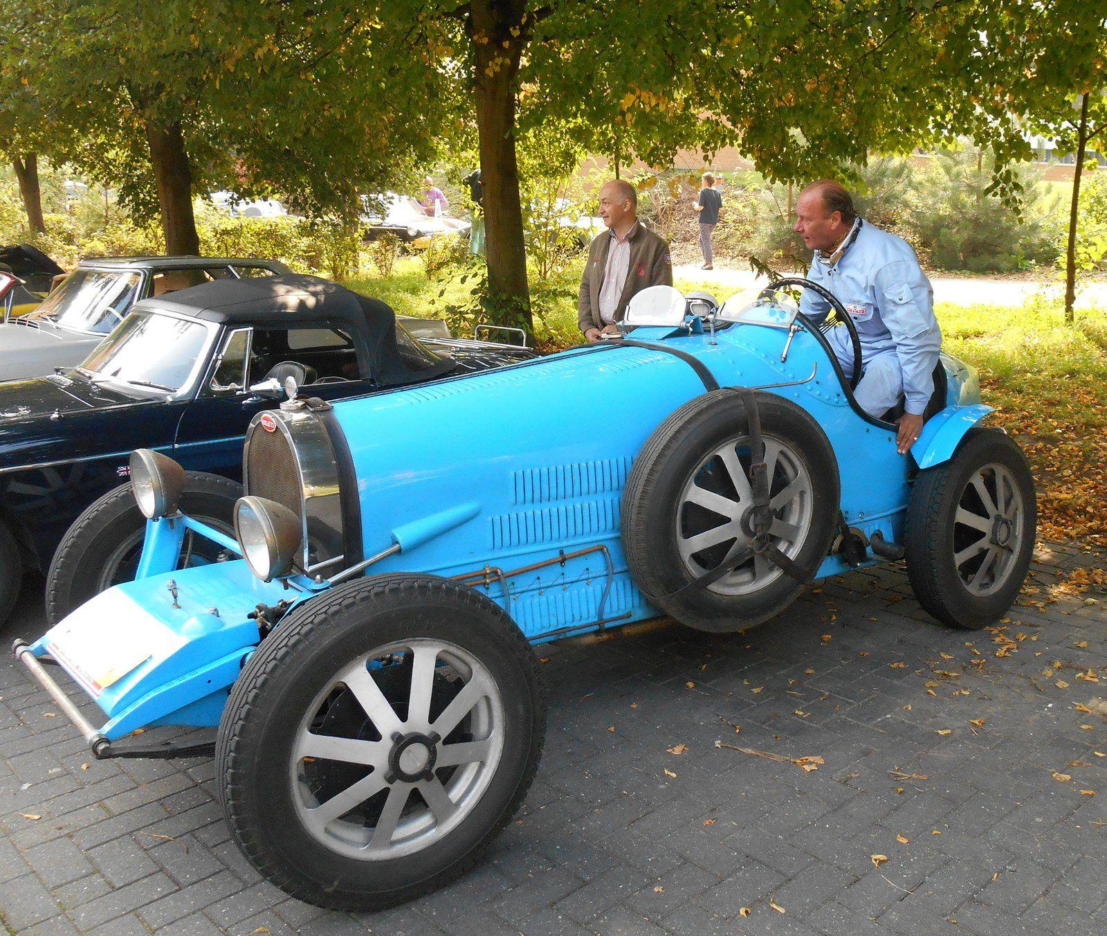 Rallye des voitures du Journal Tintin