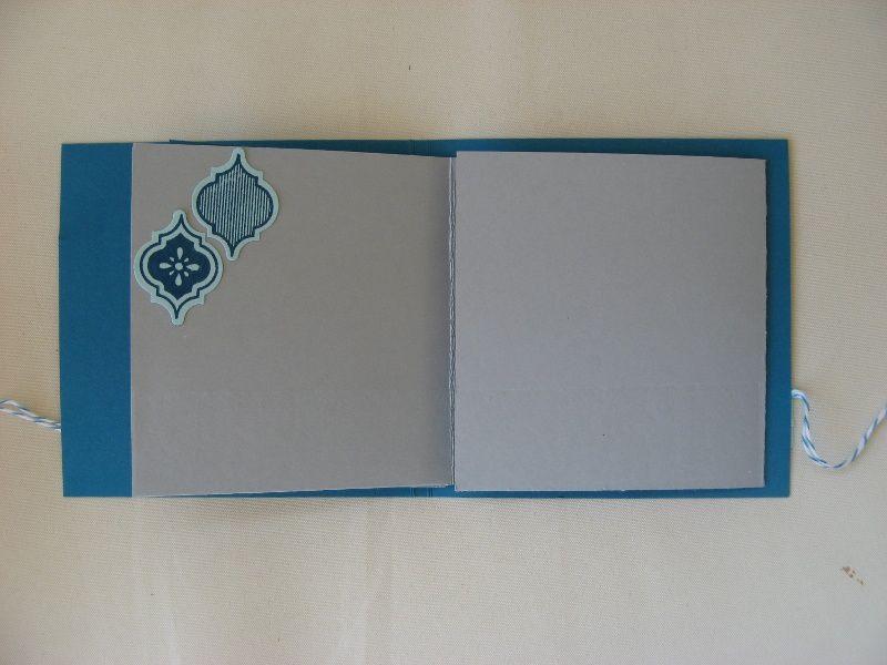 Mini album gris et bleu