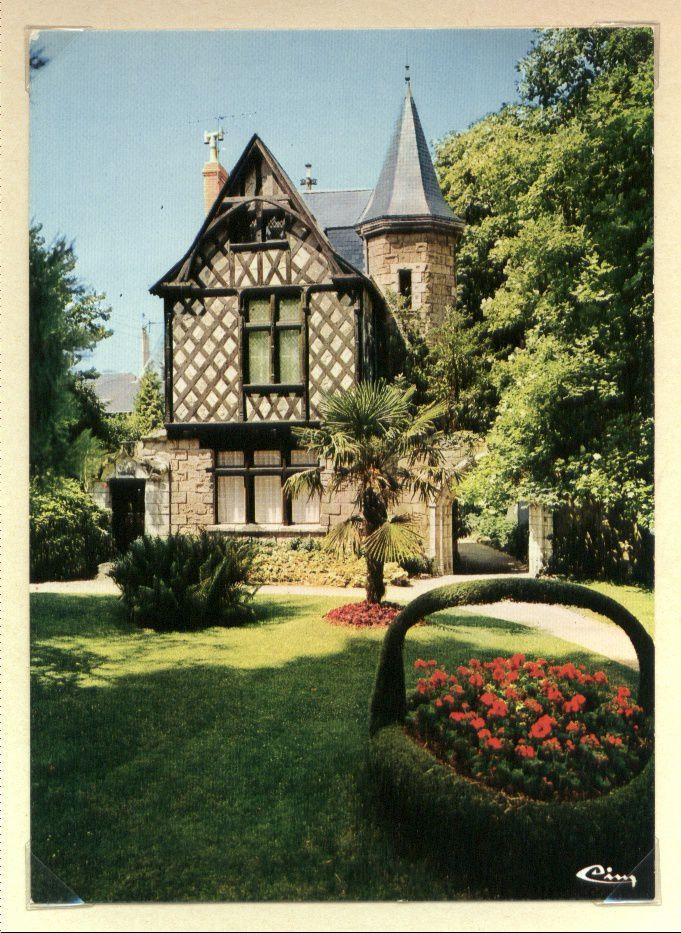 Châtellerault : Châteaux Châtelleraudais