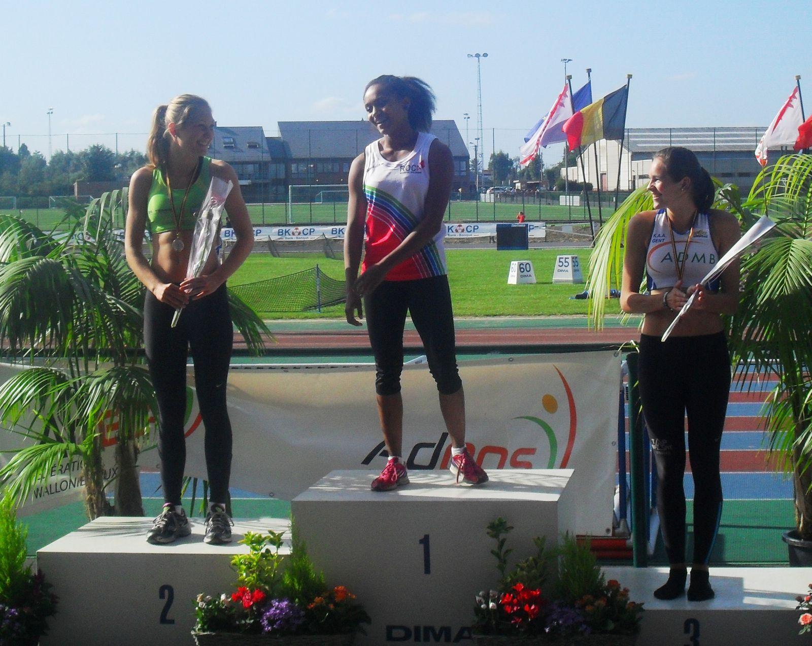 Naomi, championne de belgique au 200m, vice-championne au 100m